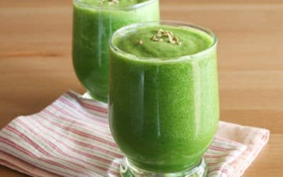 Delicious kale, ginger and pineapple smoothie recipe.  What a way to start your day.